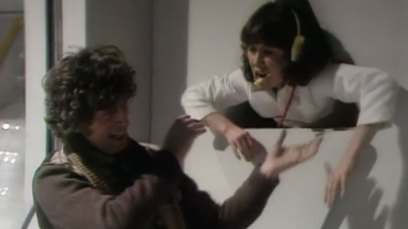 tom-baker-fourth-doctor-coaxes-sarah-jane-smith-through-jeffries-tube-the-ark-in-space-dr-who-back-when